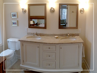 From master bathrooms to kids' bathrooms and powder rooms, Ricco Builders can help